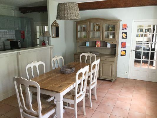 Sassetot le Malgardé - Mme mimran - salle à manger