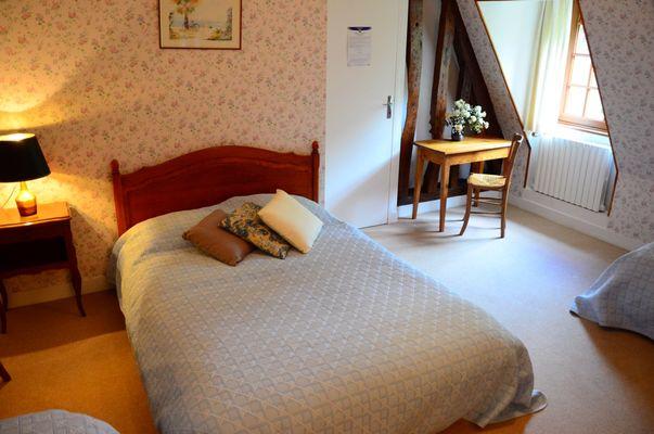 Omonville - Les Ecureuils - Mme Lemarchand chambre