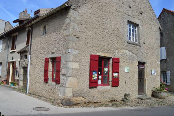 Mont-Saint-Vincent-village-CreusotMontceauTourisme--106-