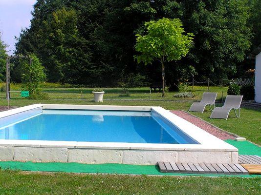 Bord piscine