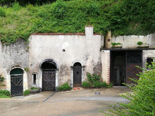 Facade-de-cave-2