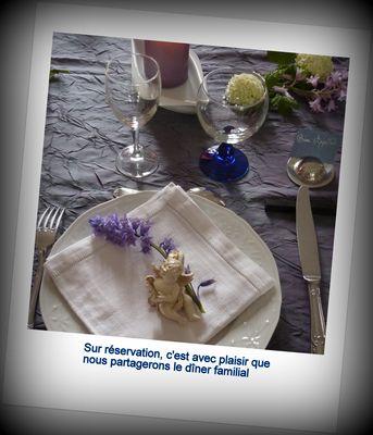 La Gauganaise  - Table