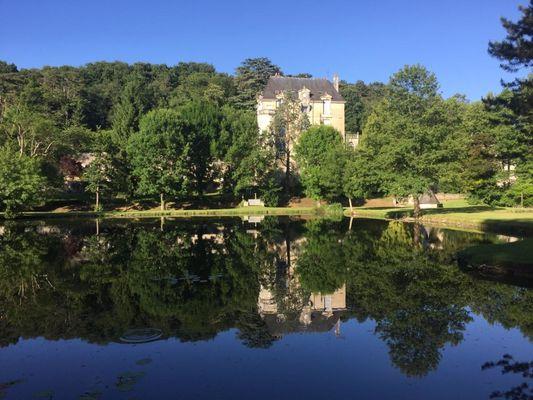 Le château de la Roche Racan et l'étang