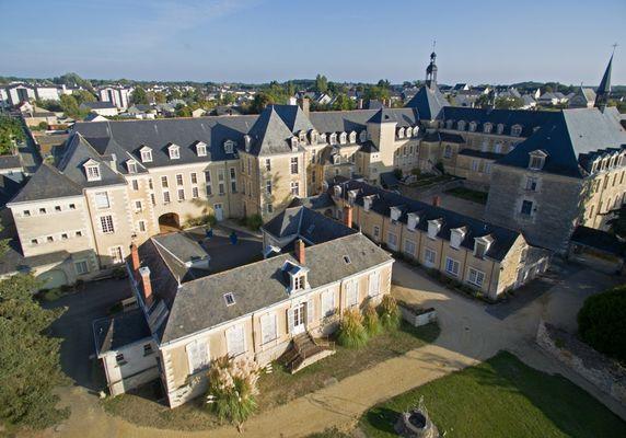Ville de Baugé-en-Anjou, crédit photo R-vision (12)