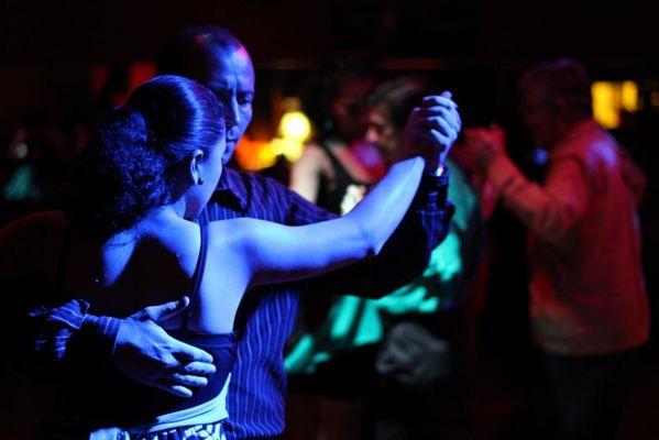 music-audience-dance-romance-dancer-performance-art-997840-pxhere.com_-1024x683