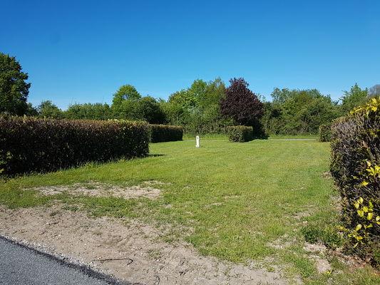 Aire Camping Car Park_La Bruère sur Loir