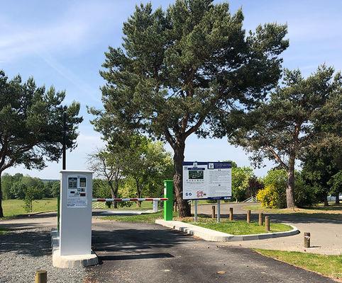 72-Sarthe-Aire-CampingCarPark-Luche-Pringe-Aire2