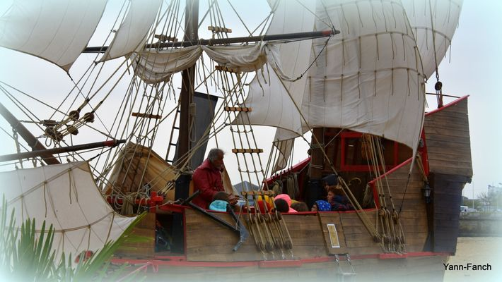 Expostion-Pirates-La-Bibliotheque