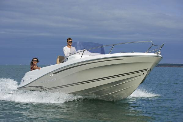 Location bateau moteur Vendée St Gilles Croix de Vie Cap Camarat 6.5cc