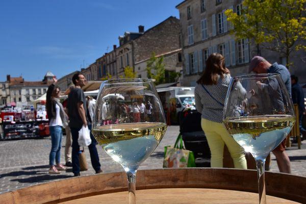 marché-fontenay-le-comte-71©Ronny-Louineau