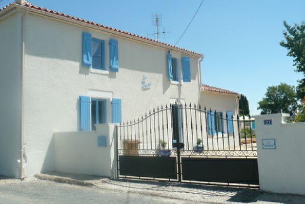 meublé-doust-les-roches-85370-le-langon-9
