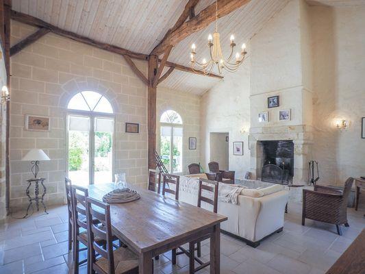 meuble-gite-orangerie-85410-saint-laurent-de-la-salle-4