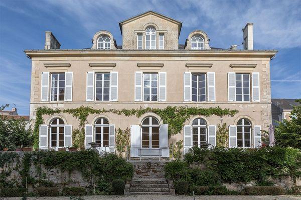 meublé-maison-de-maitre-de-perier-85200-fontenay-le-comte-15