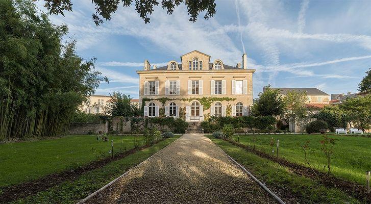 meublé-maison-de-maitre-de-perier-85200-fontenay-le-comte-23