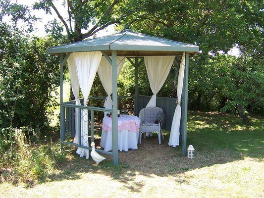 meublé-pomme-d-amour-reece-85570-saint-martin-des-fontaines-16