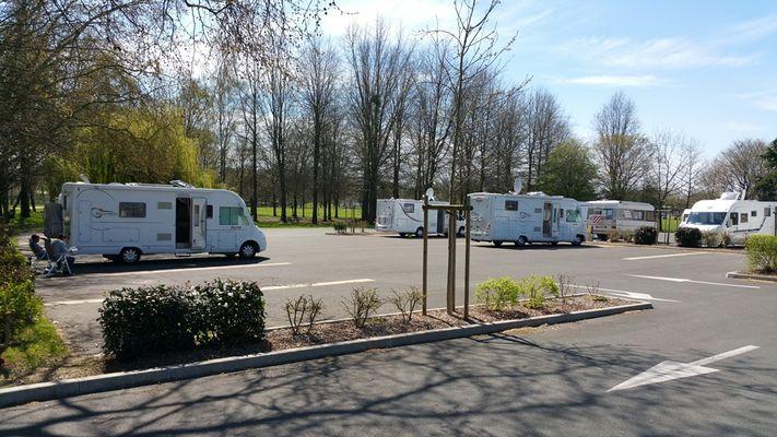 AIRE DE CAMPING-CAR - Service area - Fontenay-le-Comte
