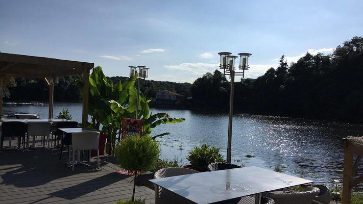 bar-restaurant-chill-out-mervent-85200-04