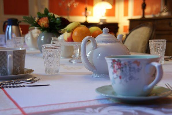 beaux-esprits-chambre-d-hotes-salle-à-manger-fontenay-le-comte-85-14