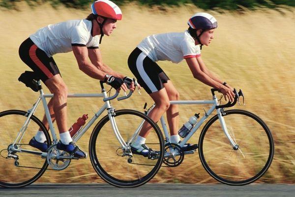 cyclistes SAINT HILAIRE DE RIEZ