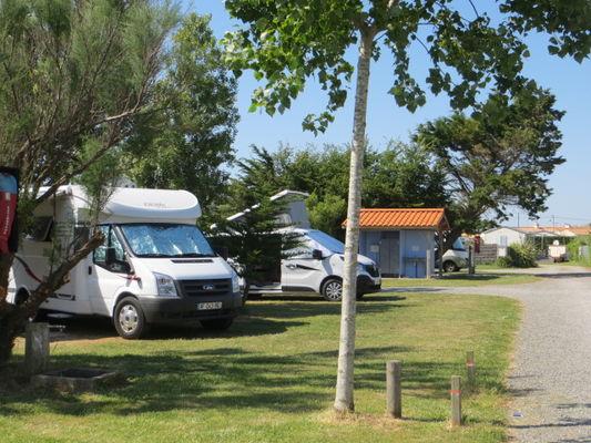 camping-car au camping La Padrelle