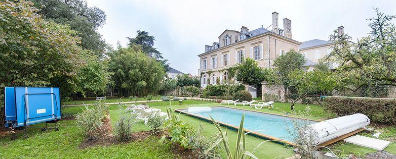 chambre-d-hotes-maison-de-maitre-de-perier-fontenay-le-comte-1