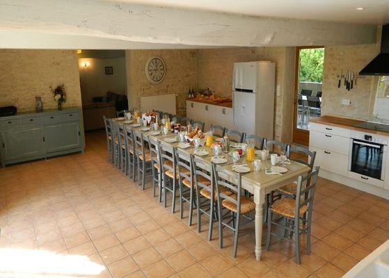 gite-de-groupe-les-chardonnets-doust-mouzeuil-saint-martin-85370-2
