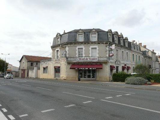 hotel-de-vendee-fontenay-le-comte