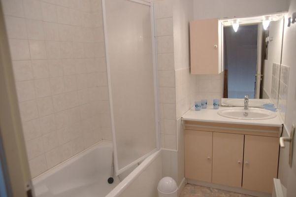 le6 Salle de bain  2