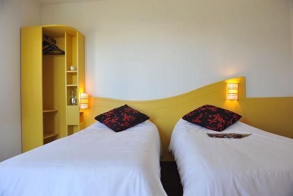 ptit-déj-hotel-fontenay-le-comte-85-5