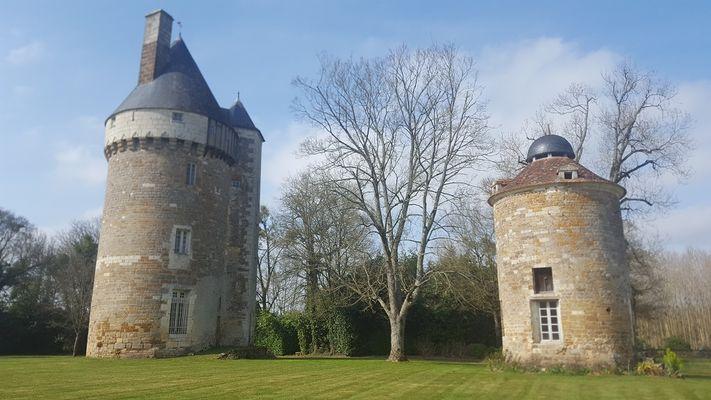 parc-du-chateau-de-l-hermenault-85570-8