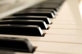 piano - SAINT HILAIRE DE RIEZ