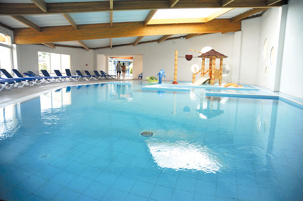 piscine_couverte_vendee