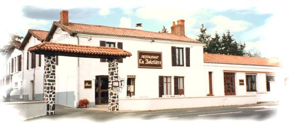 restaurant-la-joletiere-85200-mervent-1