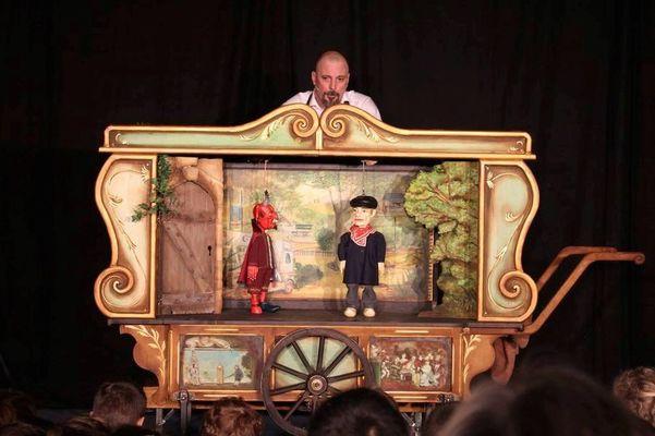 « LA PORTE DU DIABLE » par la Cie Les Royales Marionnettes