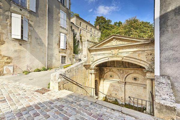 @A. Lamoureux pour Office de Tourisme Pays de Fontenay-Vendée - Fontaine des 4 tias
