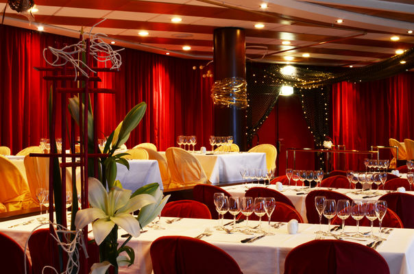 186381_restaurant_leqg1