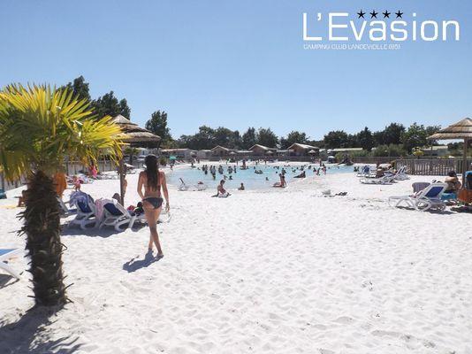 2018-camping-evasion-landevieille-vendee-les-sables-olonne-location-piscine-chauffee-lagon-baignade-naturelle 4