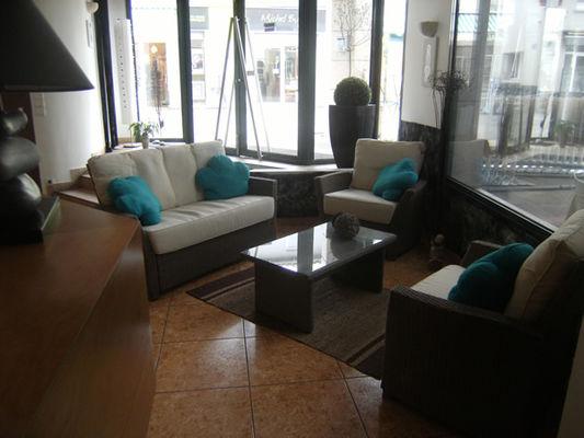 35353_hotellasternehall2011