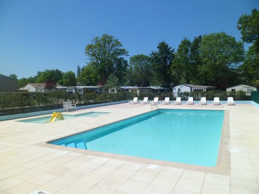60384_campinglepontrougepiscine