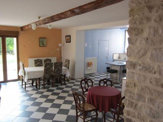 La Grande Rubrique, grande maison avec jardin clos près de Charleville-Mézières. Animaux acceptés. - Barbaise - Ardennes