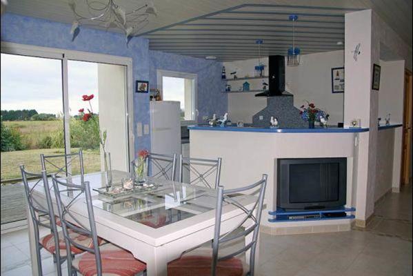 """Clévacances - Meublé 56MS0401 - """"Maison individuelle proche des plages de Kerhillio et Sainte Barbe"""" - Erdeven - Morbihan Bretagne Sud"""