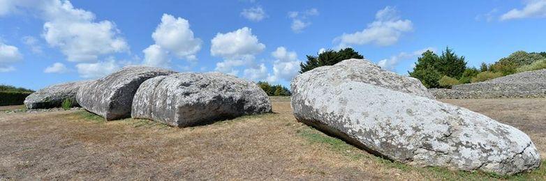 Site-des-megalithes-de-Locmariaquer-Morbihan-Bretagne-Sud