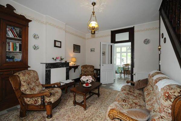 """Gîte"""" Madame de Cormont"""", maison rénovée dans la vallée de la Meuse près de la frontière Belge. Accueil Motards - Haybes - Ardennes"""