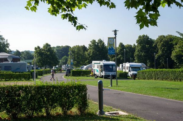Camping du Mont-Olympe - Seasonal holiday camp - Charleville