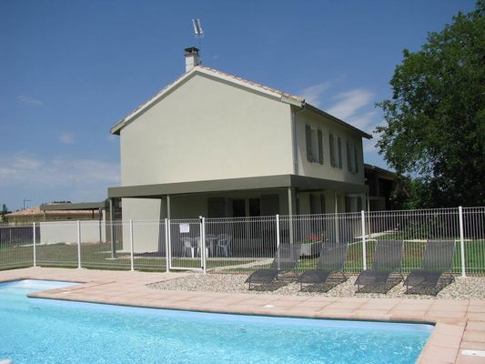 Grand gîte - piscine