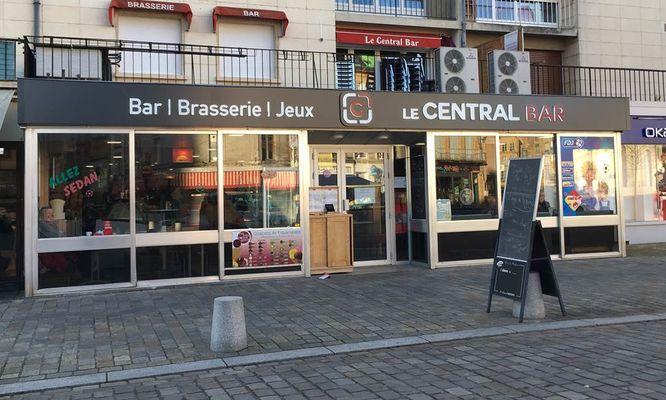 """Restaurant """"Le Central Bar"""""""