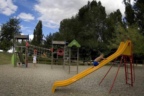 Camping Le Lomagnol - Aire de jeux - Beaumont-de-Lomagne - Tourisme Tarn-et-Garonne