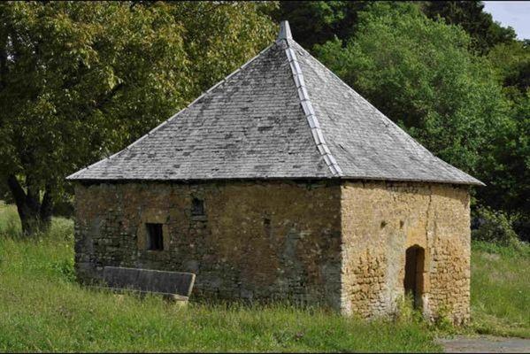 """Gite """"La Tour"""", Maison près de Sedan - Carignan - Florenville - Bouillon - Montmédy, 4 à 6 pers - Escombres-et-le-Chesnois - Ardennes"""
