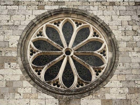 Rosace de l'église d'Auvillar, classé parmi les plus beaux villages de France !!