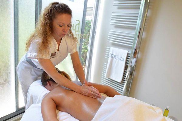 Thalazur-Carnac-massage-dos-Morbihan-Bretagne-Sud